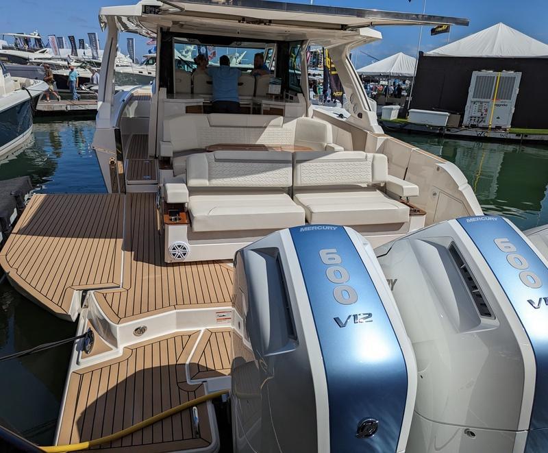 Avalon Catalina DRL 24 – Boating World