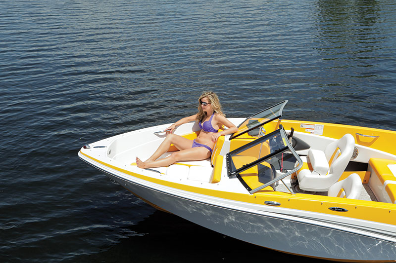 Glastron gt 185 boating world for Best fish and ski boats 2017