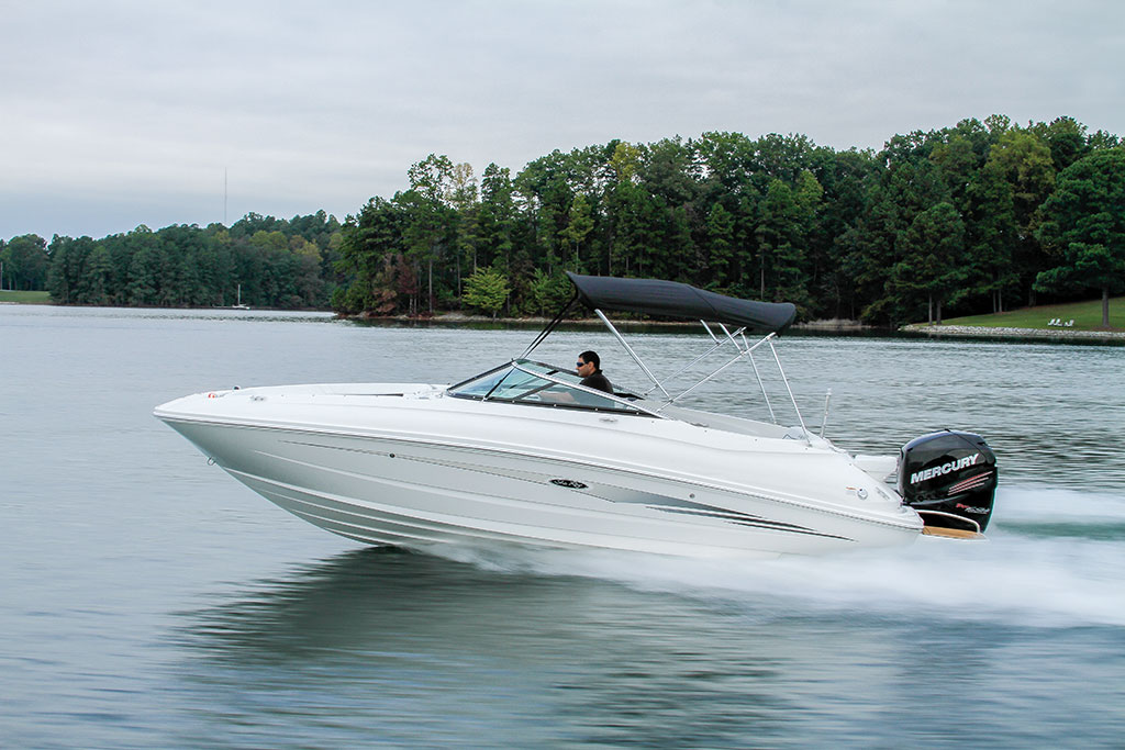Sea Ray 240 Sundeck >> Sea Ray 240 Sundeck OB - Boating World