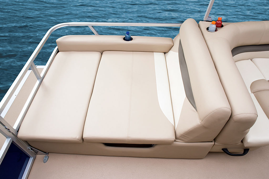 Sun Tracker Signature Series Party Barge 24 Xp3 Boating