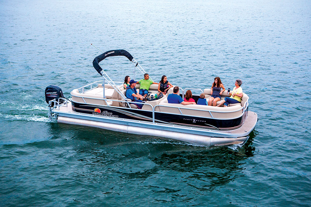 Pontoon Boat Ski Tow Bar >> Sun Tracker Signature Series Party Barge 24 XP3 – Boating World
