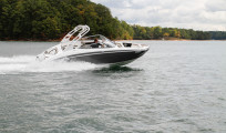 Yamaha 242 Limited S cruising