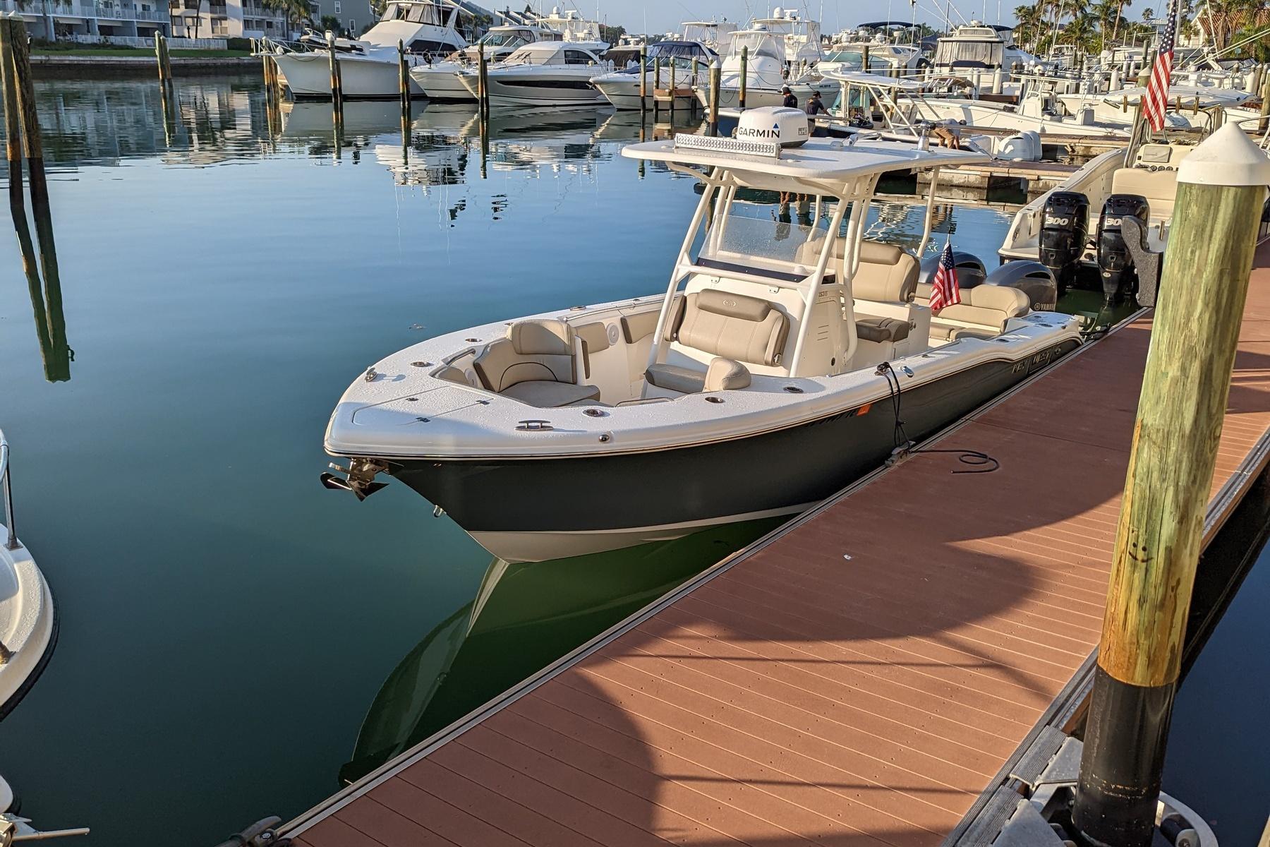 Yamaha  Limited S Cockpit