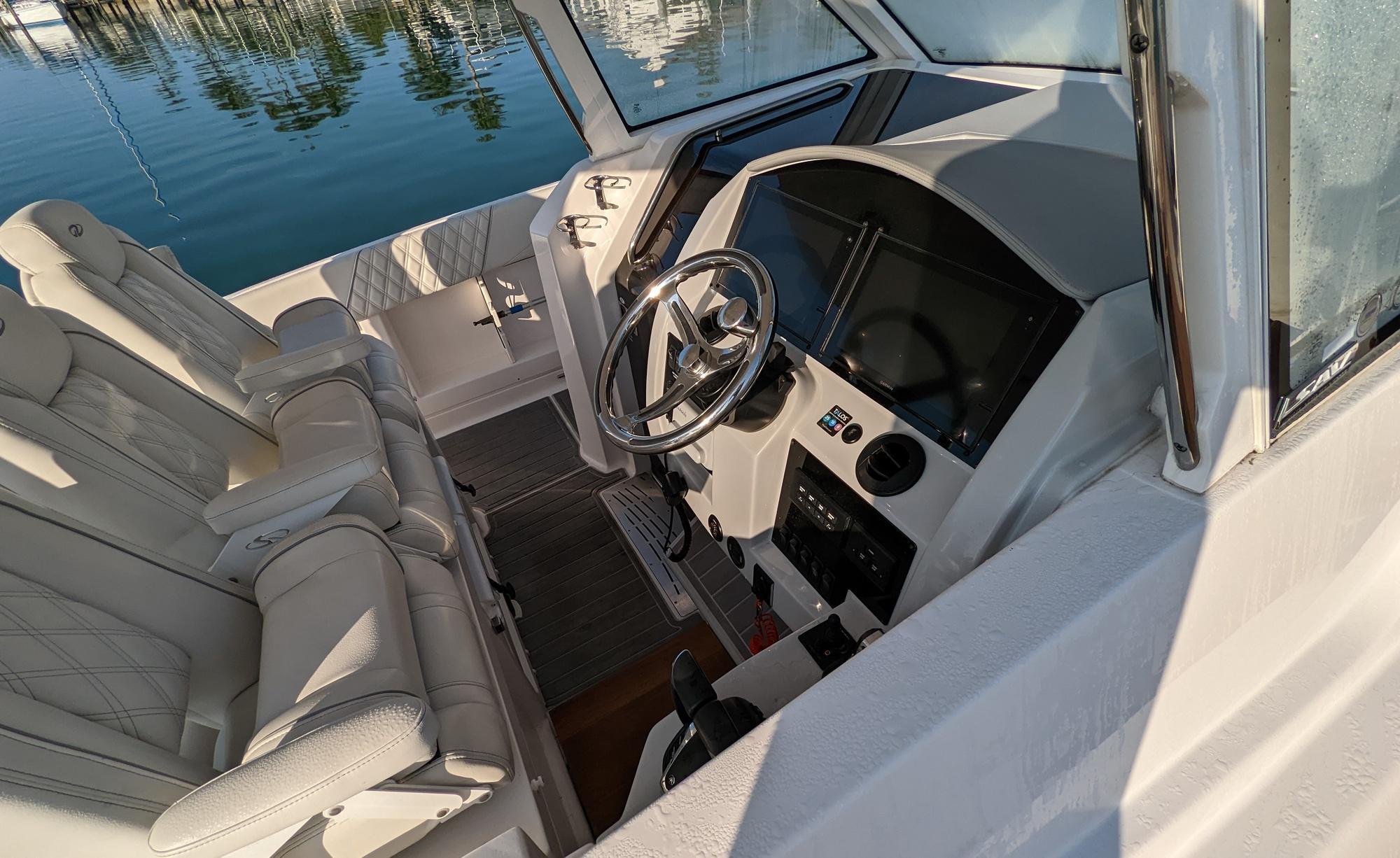 Premier 310 Dodici Pub Boating World