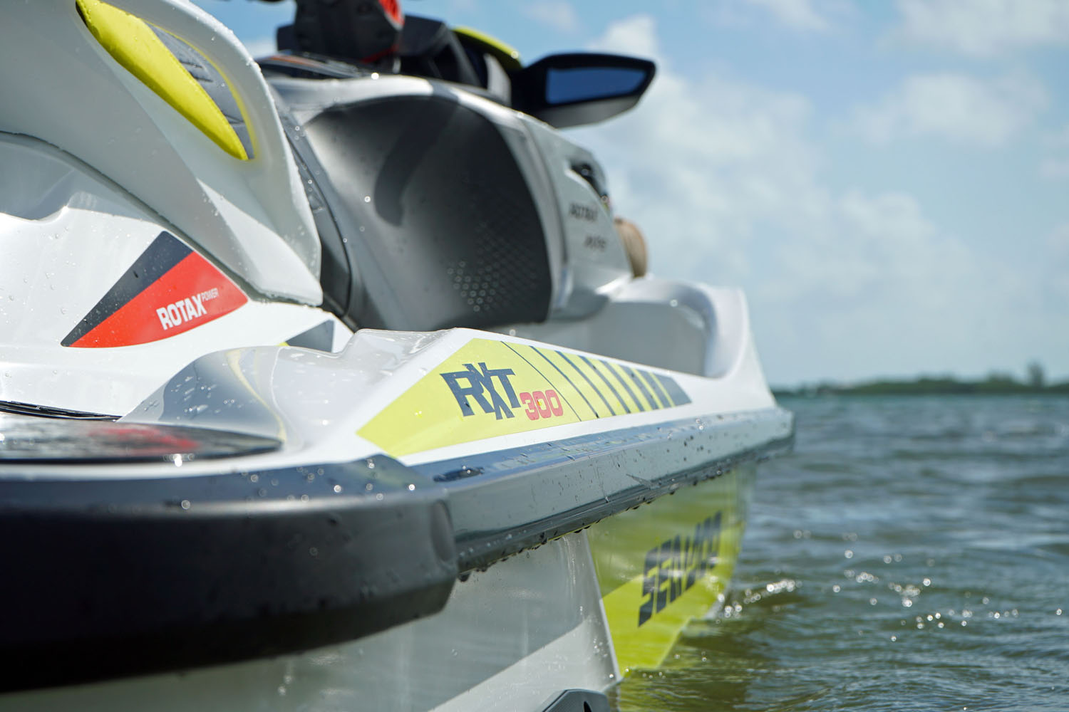 Sea-Doo RXT-X 300 – Boating World