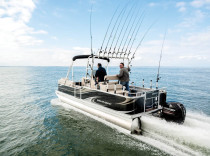 Angler Qwest 822 Pro Troll – The Angler Qwest 822 Pro Troll takes the pontoon-as-fishing-platform concept to the max.