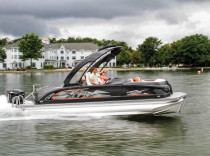 Manitou X-Plode XT 23 SRS – Manitou blows up the notion that pontoons are for the right lane.