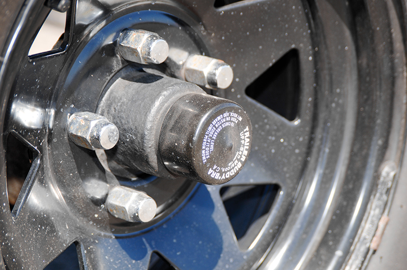 give the wheel bearings love, and lubricate the lug nuts copy