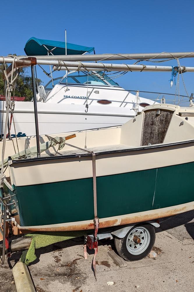 Evinrude-E-TEC-G2-outboard-05