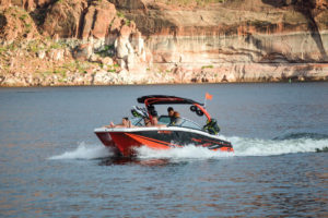Four-Winns-TS-222-Boat-Test-Owner