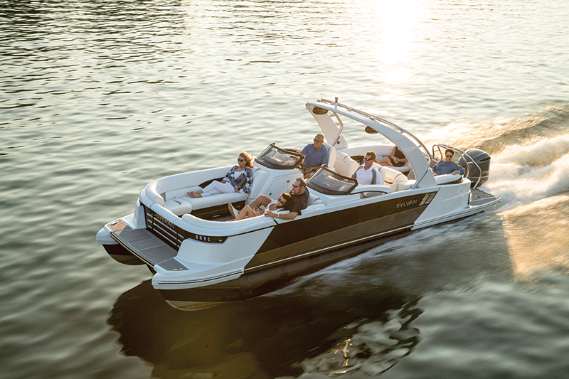 M-Pressive Debut — Sylvan M5 LZ DC – Boating World