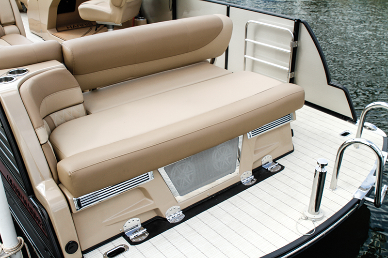 Grand Prize–Harris Grand Mariner SEL 230 – Boating World